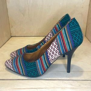 🍁3 for $15 • Rampage Pointed Toe Heels